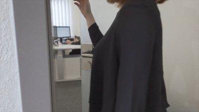 画像3: 【コロナウィルス対策商品】 ドアノブを握らずに開けられる 「ひじ掛けさ〜ん」
