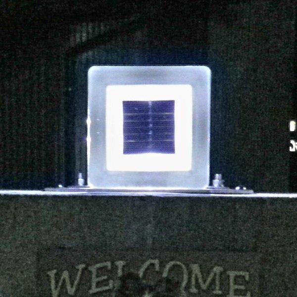 画像1: 太陽光LED照明(角型) (1)