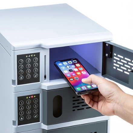 電子暗証番号ロック付き、スマートフォン充電、キャビネット